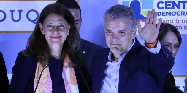 Los candidatos de la derecha en la consulta interpartidista del domingo en Colombia, Iván Duque y Marta Lucía Ramírez.