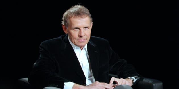 """Patrick Poivre d'Arvor le 11 janvier 2009 sur le plateau de l'émission """"La traversée du miroir""""."""