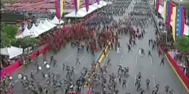 """Venezuela: explosions pendant un discours de Maduro, le président dénonce """"un attentat"""""""