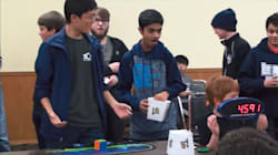 Rubik's Cuber Shocks Room By Breaking World Record In 4.59