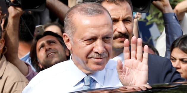 En Turquie, Recep Tayyip Erdogan (ici le 24 juin à Istanbul) revendique la victoire aux élections présidentielle et législatives