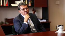 A regañadientes, Monreal evidencia que seguirá en Morena y ya hace cálculos para la campaña de