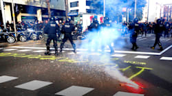 21-D: Tensa carga policial en