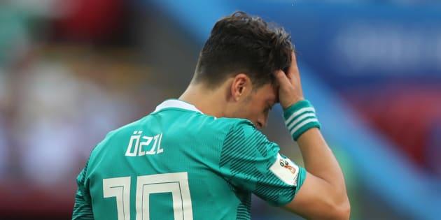 Özil dice adiós a la Selección Alemana por racismo