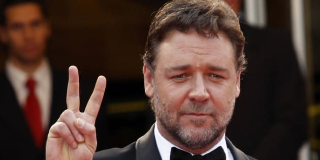 Russell Crowe says he could house and find work for six asylum seekers