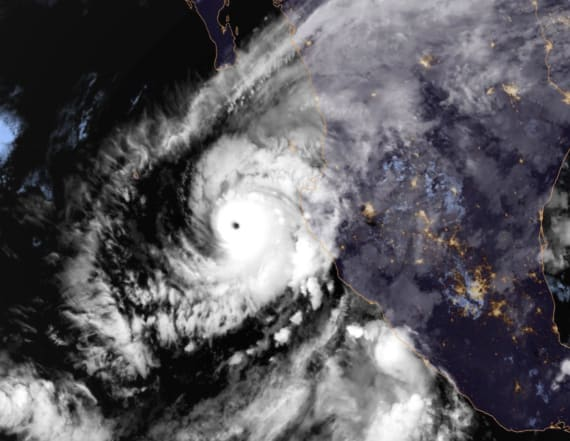 Thousands evacuated as Hurricane Willa arrives