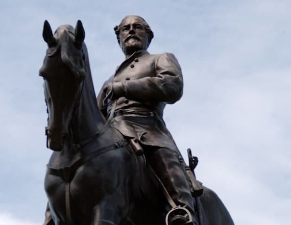 Robert E. Lee opposed erecting Confederate memorials