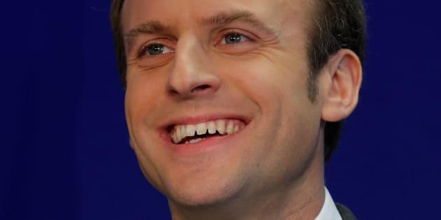 Emmanuel Macron lors d'une conférence de presse à son QG de campagne, le 19 janvier 2017. REUTERS/Philippe Wojazer