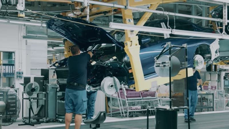 2019 BMW 3 Series teased in assembly-line video - Autoblog