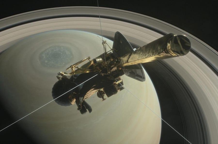 La última foto que envió Cassini antes de desintegrarse