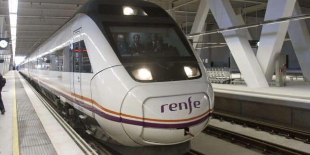 Imagen de archivo de uno de los trenes de Renfe.