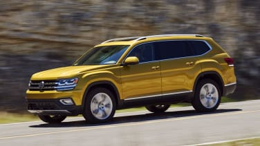late to the party come prepared 2018 volkswagen atlas first drive autoblog. Black Bedroom Furniture Sets. Home Design Ideas
