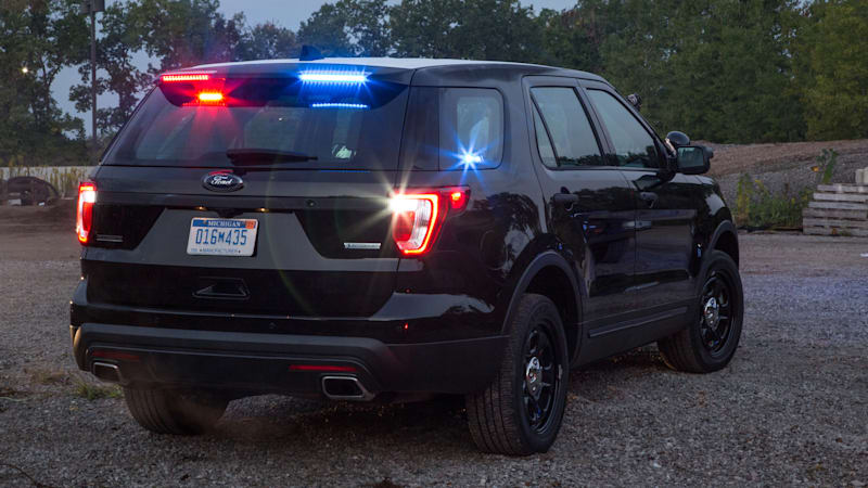 2018 ford interceptor. Brilliant 2018 Spoiler Alert Ford Police Interceptor Utility Gets Stealthy New Lights   Autoblog For 2018 Ford Interceptor