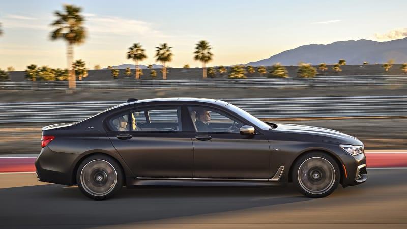 BMW M760i hits nearly 200 mph on Autobahn