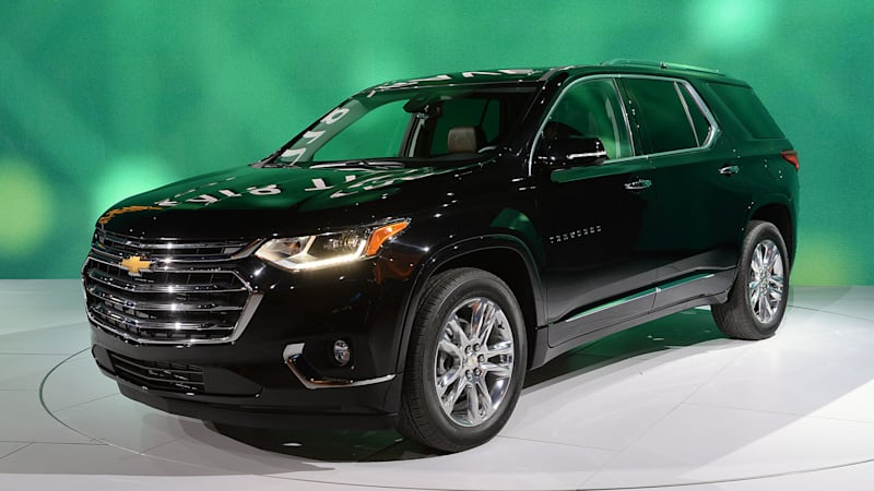 the 2018 chevy traverse is roomier and looks stronger autoblog. Black Bedroom Furniture Sets. Home Design Ideas