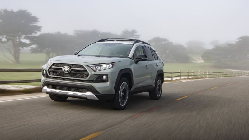 2019 Toyota RAV4 First Drive Review | Definitely not playing it safe