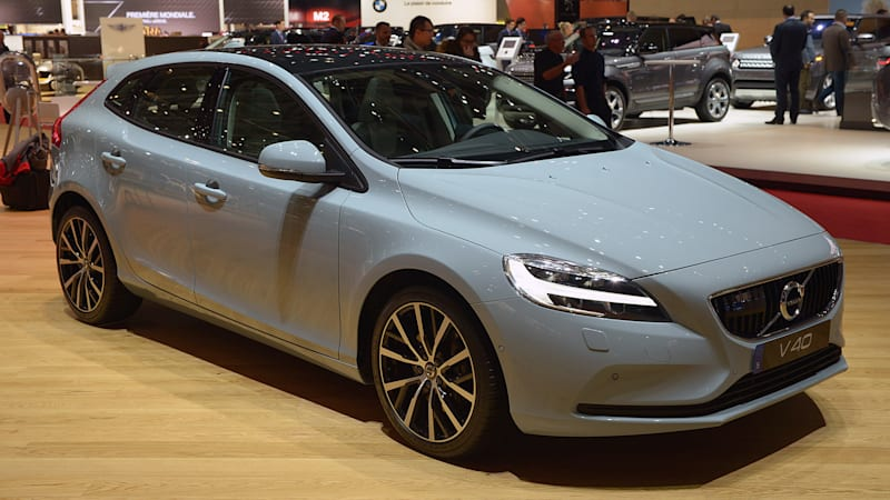 2017 Volvo V40 Hatches A Fresher Take On The Small Wagon Autoblog
