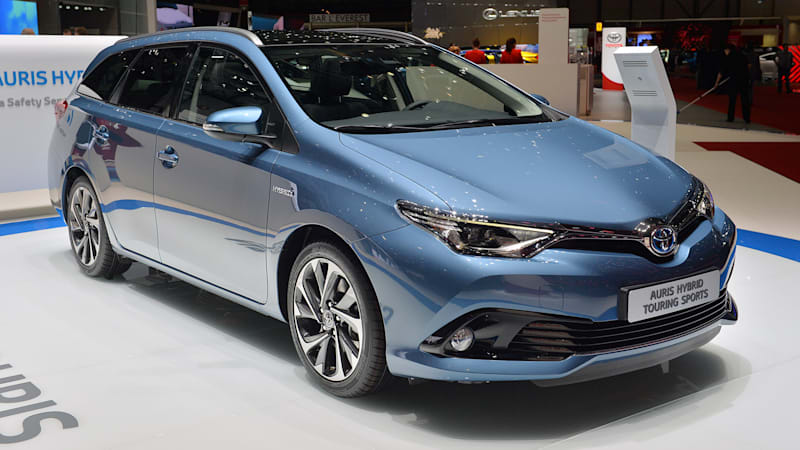 2015 toyota auris freshens up in geneva prepares for new york debut autoblog. Black Bedroom Furniture Sets. Home Design Ideas