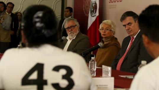 Instalan Comisión para la Verdad del caso Ayotzinapa; primeros resultados en 6