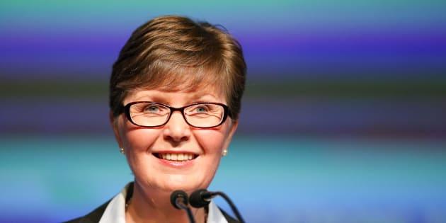 Linda Caron a été la présidente de la commission politique nationale du PLQ de 2016 à 2018.