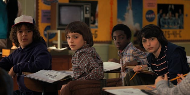 "Gaten Matarazzo, Noah Schnapp, Caleb McLaughlin et Finn Wolfhard dans la série ""Stranger Things""."