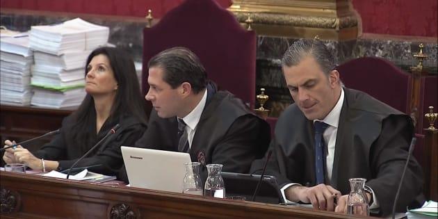 Rosa María Seoane , Pedro Fernández y Javier Ortega Smith
