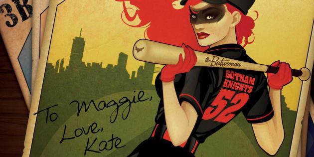La version comics la plus récente du personnage de Batwoman date de 2006. Cette incarnation moderne de Kate Kane est ouvertement homosexuelle.