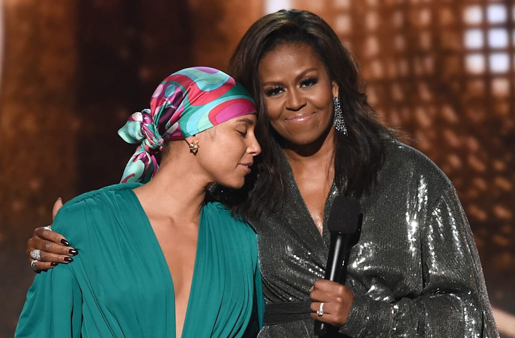 grammys 2019 michelle obama makes surprise appearance aol entertainment https www aol com article entertainment 2019 02 10 grammys 2019 michelle obama makes surprise appearance 23666267