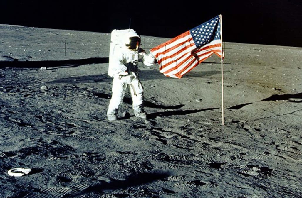 Chicago woman auctioning off moon dust from apollo 11 ...