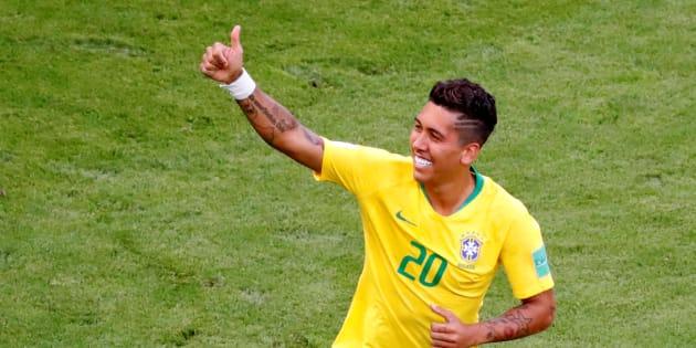 Roberto Firmino fez o gol que sacramentou a classificação do Brasil às quartas de final.