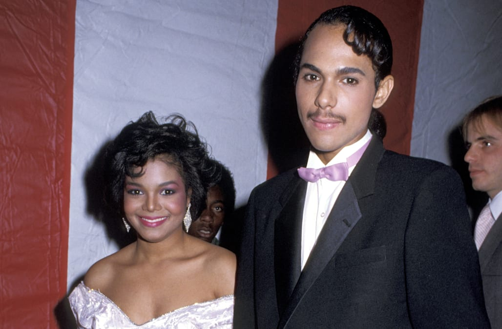 Janet Jacksons Ex Sister In Law Apologizes Over Singers Secret