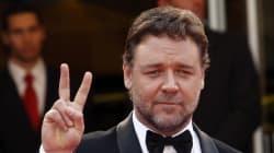 'Manus. A Nation's Shame' -- Russell Crowe Offers To House Asylum