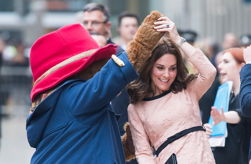 2bc1ce50b9e Kate Middleton dances with Paddington Bear in unexpected pregnancy outing
