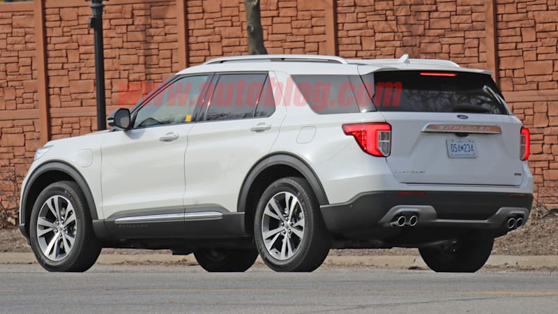 Ford Explorer Plug In Hybrid Spied On Public Roads Autoblog