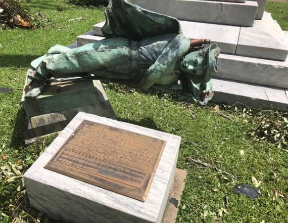 Hurricane Laura tears down Confederate statue
