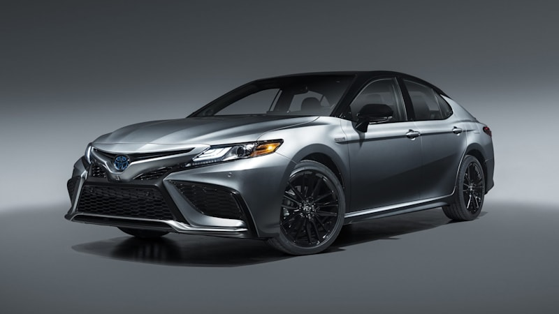 2021 Toyota Camry adds XSE Hybrid trim, better infotainment and safety tech