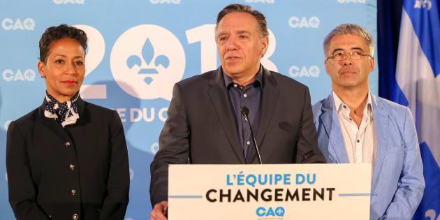 Nadine Girault et Stéphane Le Bouyonnec avec leur chef François Legault.
