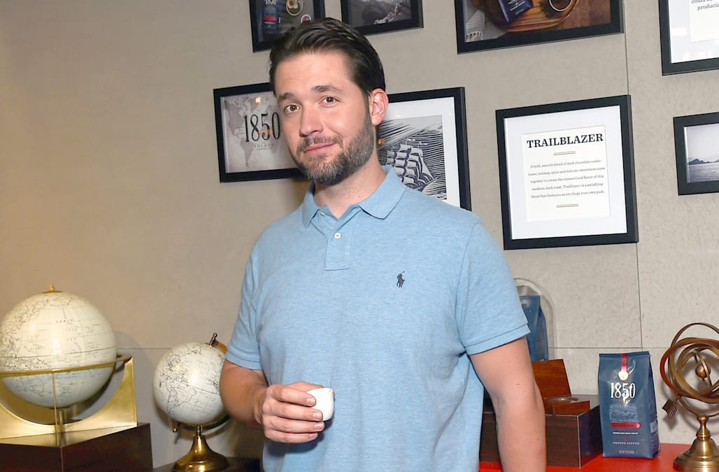 Reddit co-founder Alexis Ohanian teams up with 1850 Brand