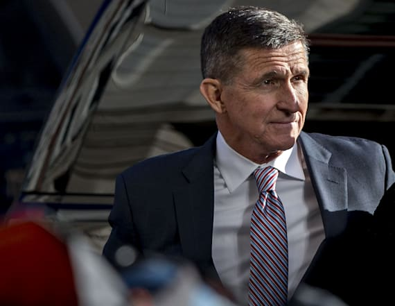Judge delays sentencing for Flynn