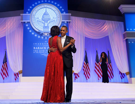 Fans call Obama's throwback pic 'relationship goals'