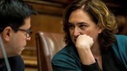 El Ayuntamiento de Barcelona reprueba al rey y pide abolir la