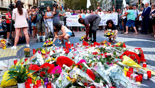 Barcelona recuerda a las víctimas del atentado en un acto en el que coincidirán el rey y