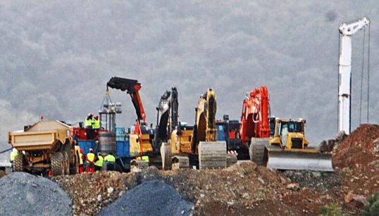 Los ingenieros esperan terminar el primer túnel para rescatar a Julen al final de la