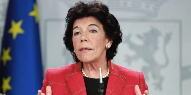 Isabel Celáa, en la rueda de prensa posterior al Consejo de Ministros que ha aprobado el proyecto de Presupuestos Generales del Estado.