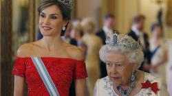 El vestido de la reina Letizia en Buckingham, ¿un plagio de Zuhair
