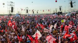 Cientos de miles de personas se manifiestan en Turquía contra el Gobierno de