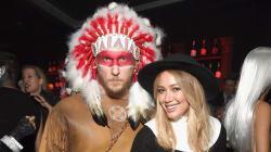 Hilary Duff y su novio se disculpan por haber usado disfraces