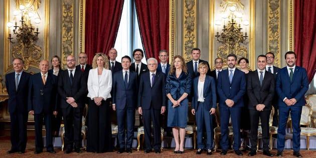 El nuevo Gobierno italiano, con el presidente Mattarella.