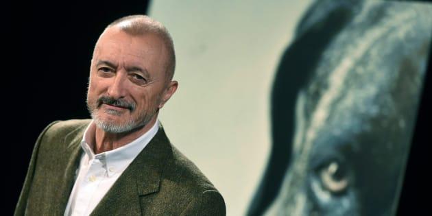 Pérez-Reverte presenta su nueva novela 'Los perros duros no bailan'.