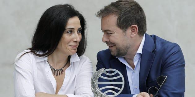 El ganador del Premio Planeta, Javier Sierra,  y la finalista, Cristina López Barrio.